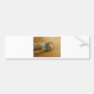 Pegatina Para Coche Manojo de llaves gastadas de la casa en la tabla