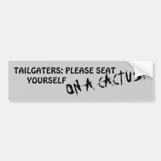 Pegatina Para Coche Tailgaters: Asiéntese por favor en un cactus