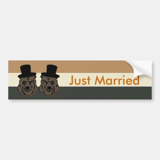 Pegatina para el parachoques casada del orgullo