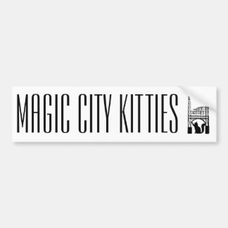 Pegatina para el parachoques mágica de los gatitos