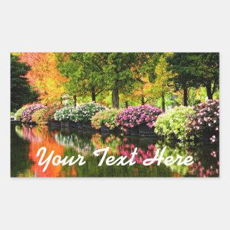 Pegatina Rectangular Charca colorida de los árboles del otoño de las