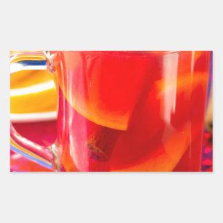 Pegatina Rectangular Taza transparente con el vino reflexionado sobre
