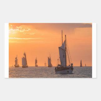Pegatina Rectangular Windjammer en luz de la puesta del sol