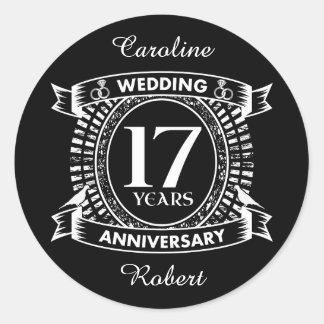 Pegatina Redonda 17mo aniversario de boda blanco y negro