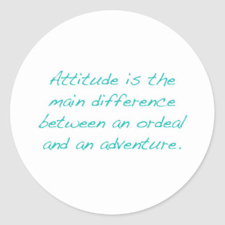 Pegatina Redonda Actitud -- prueba dura o aventura (verde)