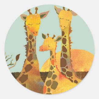 Pegatina Redonda Amor de la familia de la jirafa
