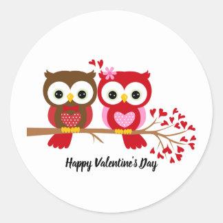 Pegatina Redonda Búhos del día de San Valentín felices