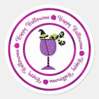 Pegatina Redonda Calabaza y feliz Halloween púrpura del cóctel de