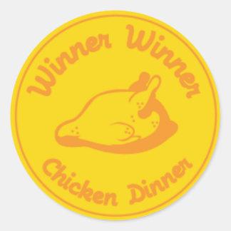 Pegatina Redonda Cena del pollo del ganador del ganador