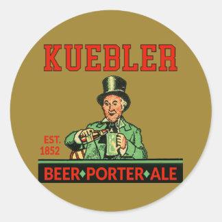 Pegatina Redonda Cerveza inglesa del portero de Kuebler