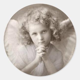 Pegatina Redonda Chica de rogación del ángel del vintage