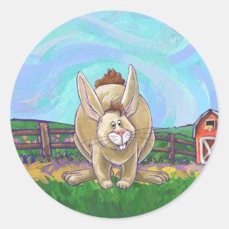 Pegatina Redonda Desfile lindo del animal del conejo