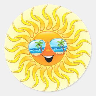 Pegatina Redonda Dibujo animado de Sun del verano con los pegatinas