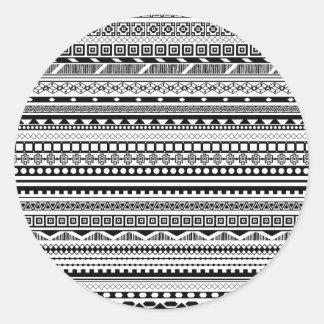 Pegatina Redonda Diseño azteca blanco negro lindo de los modelos
