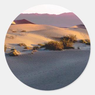 Pegatina Redonda Dunas de arena planas del Mesquite Death Valley