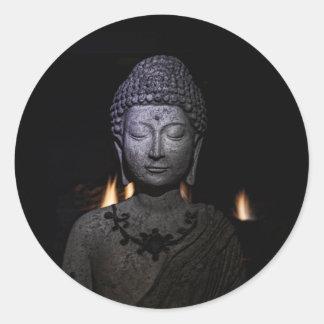 Pegatina Redonda El fuego dentro del Buda