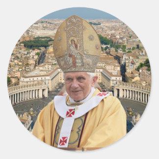 Pegatina Redonda El papa Benedicto XVI con la Ciudad del Vaticano