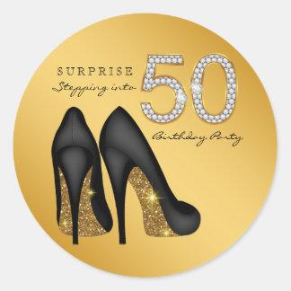 Pegatina Redonda Escalonamiento en fiesta de cumpleaños 50
