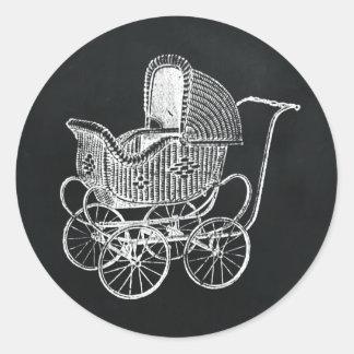 Pegatina Redonda Fiesta de bienvenida al bebé del carro de bebé de