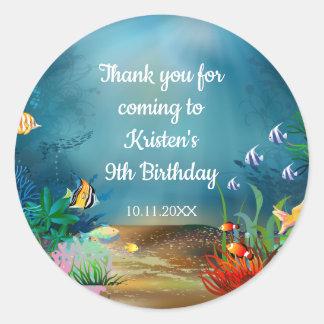 Pegatina Redonda Filón del océano bajo fiesta de cumpleaños del mar