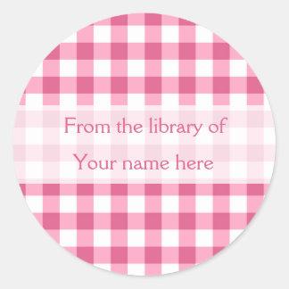 Pegatina Redonda Guinga rosada de la biblioteca de Bookplates