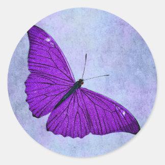 Pegatina Redonda Ilustracion púrpura oscuro de la mariposa de los
