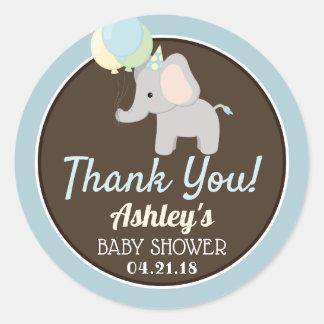 Pegatina Redonda La fiesta de bienvenida al bebé del elefante le