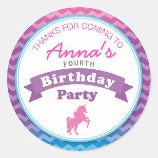 Pegatina Redonda La fiesta de cumpleaños del unicornio le agradece