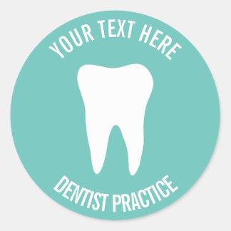 Pegatina Redonda Logotipo dental del diente de la odontología de la