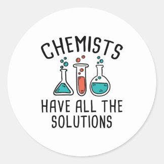 Pegatina Redonda Los químicos tienen todas las soluciones