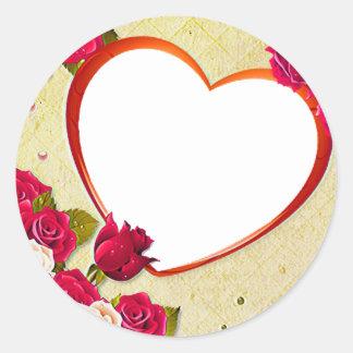 Pegatina Redonda Los rosas y el marco del corazón añaden su foto