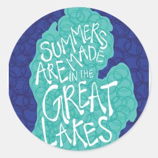 Pegatina Redonda Los veranos se hacen en los Great Lakes - azul