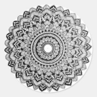 Pegatina Redonda Mandala blanco y negro