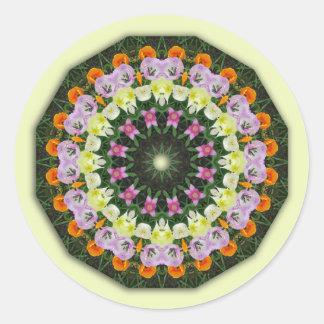 Pegatina Redonda Mandala de la flor de los tulipanes,