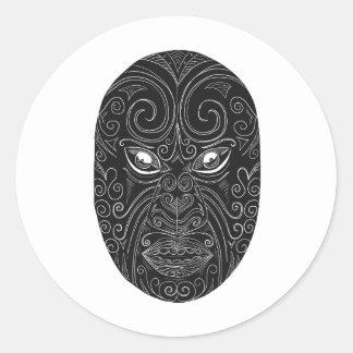 Pegatina Redonda Máscara maorí Scratchboard
