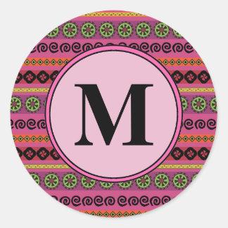 Pegatina Redonda Monograma azteca moderno rosado del modelo de Boho