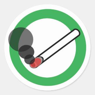 Pegatina Redonda Muestra que fuma