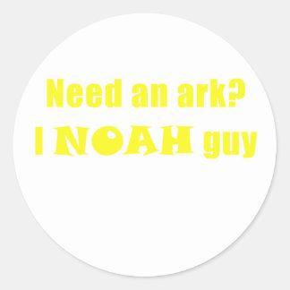 Pegatina Redonda Necesite a un individuo de la arca I Noah