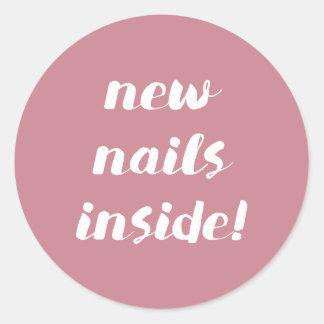 Pegatina Redonda ¡Nuevos clavos dentro! Pegatinas color de rosa