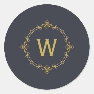 Pegatina Redonda Oro viejo y monograma gris oscuro del ornamento