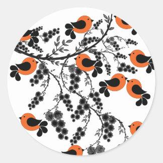 Pegatina Redonda pájaros anaranjados