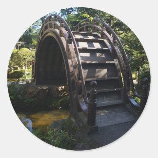 Pegatina Redonda Pegatinas japoneses del puente del tambor del