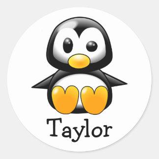 Pegatina Redonda Pingüino divertido lindo de encargo del dibujo