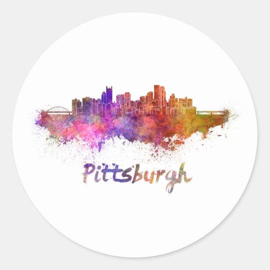 Pegatina Redonda Pittsburgh skyline in watercolor