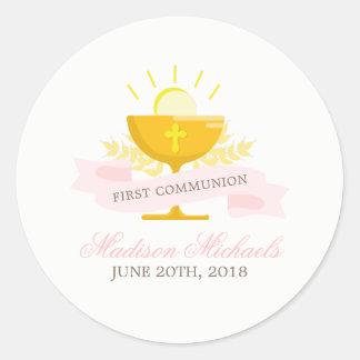 Pegatina Redonda Primera comunión santa de los chicas