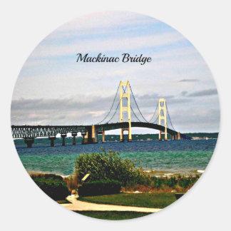 Pegatina Redonda Puente de Mackinac, isla de Mackinac
