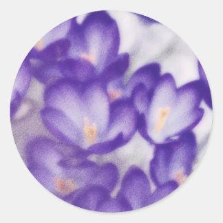 Pegatina Redonda Remiendo de la flor del azafrán de la lavanda