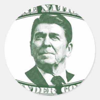 Pegatina Redonda Ronald Reagan una nación debajo de dios