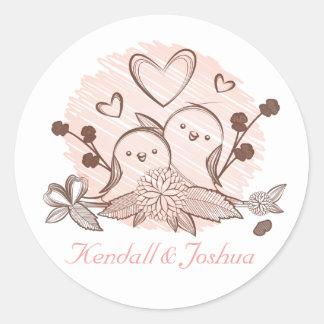 Pegatina Redonda Rosa y Brown de los Lovebirds que casan la ducha