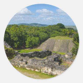 Pegatina Redonda Ruina maya de Xunantunich en Belice